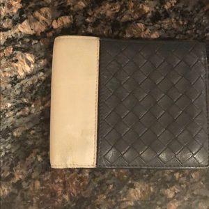 Bottega Venetia wallet